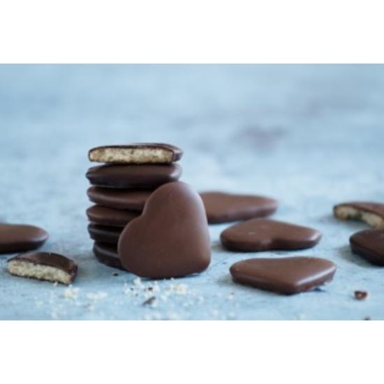 Csokoládéba mártott keksz